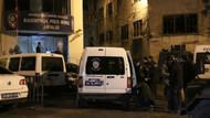Beyoğlu'nda polis aracına kurşun