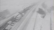 TEM'de zincirleme kaza.. Otoyol trafiğe kapandı
