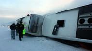 Yolcu otobüsleri birbirine girdi: 35 yaralı