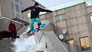 İstanbul'un göbeğinde snowboard keyfi