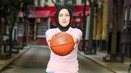 Başörtülü ilk kadın basketbolcu Türkiye'de