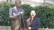 Cemil İpekçi'den Amerika'da Atatürk'lü fotoğraf