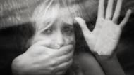 Koca dayağından kaçan kadına Muhtar tecavüze kalktı