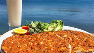 Bodrum'a özel menü: Lahmacun ayran 70 lira!