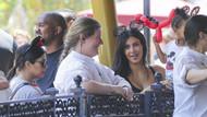 Kardashian Disneyland'a sütyensiz gitti