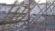 Vodafone Arena'nın çatı iskelesi çöktü!