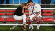 Mesut Özil'den bayraklı mesaj