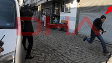 Saldırı sırasında kaçan eli silahlı şüpheli kim?