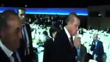 Erdoğan'dan Rus muhabire olay hareket