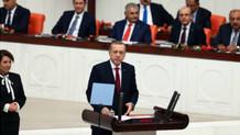 Erdoğan konuşmaya başlayınca salonu terk ettiler!