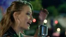 Serenay Sarıkaya Vazgeçtim şarkısını söyledi