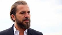 Engin Altan Düzyatan: Türk Milleti tankın önüne atlar