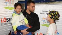 Mehmet Topal'dan lösemili miniklere doğum günü partisi