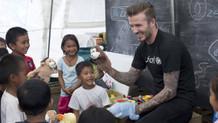 David Beckham'dan çocuğa şiddete karşı dövmeli klip