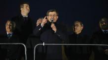 Davutoğlu: Al bayrak mazlumların gönderi oldu