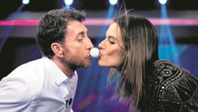Alessandra Ambrosio dudak dudağa