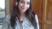 Genç kız, 4'üncü kat balkonundan ölüme atladı