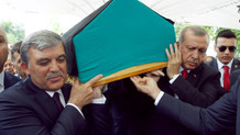 İbrahim Bodur  için cenaze töreni. Erdoğan: Soyadı gibi 'bodur' değildi tam tersine o bir 'dev'di