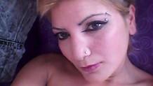 Gazinoda çalışan kadın evinde ölü bulundu