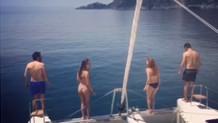Özge Özpirinçci'den şok paylaşım: Nilüfer Gürbüz tanga bikinili
