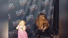 Selena Gomez ve hayranının dansı