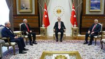 Cumhurbaşkanlığı Sarayı'ndaki tarihi toplantı başladı!