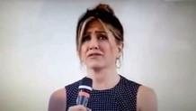 Jennifer Aniston geçmiş ilişkilerinden bahsederken gözyaşlarını tutamadı!