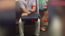 Metroda kadının etek altı görüntülerini çekti!
