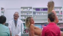 Bir çok ülkede yasaklanmış, teşhirciliği abartan 9 reklam filmi!