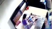 Yatak odasına yerleştirdiği gizli kamera görüntülerini izleyen koca...