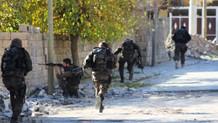 Şemdinli'de çatışmalar yeniden başladı