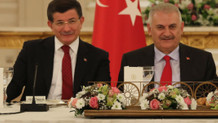 Başbakan Binali Yıldırım, AK Parti'li eski bakanlarla buluştu