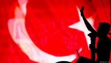 Alman Frankfurter Rundschau gazetesi: Türkiye Atatürk'ün yolunu terk ediyor