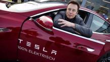 Elon Musk, Dünyanın en büyük lityum iyon pilini yaptı