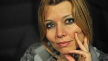 Elif Şafak'tan Daha önce AKP iktidarını desteklediniz eleştirisine yanıt