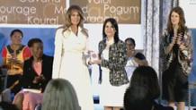 Tacizle savaşan Saadet Öğretmen'e Melania Trump'tan Cesaret Ödülü