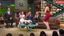 Beyaz'dan konuklara Reyting baskısı! Azra Akın'dan salsa şov