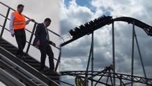 Melih Gökçek roller coastera bindi havada mahsur kaldı