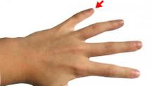 Serçe parmağınız karakterinizi ele veriyor