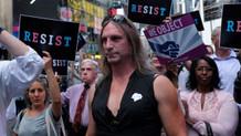 Trump'ın eşcinsel asker yasağı tartışma yarattı