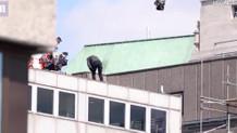 Film setinde duvara çarpan Tom Cruise ölümden döndü!