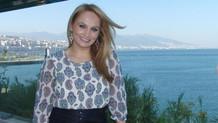 Sanatçı Pınar Aydınlar'a trafikte saldırı
