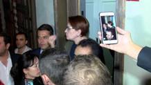 Meral Akşener'in evinin önünde şok protesto