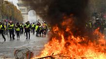 Macron'dan flaş Sarı Yelek hamlesi!