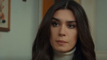 Aşk ve Mavi'nin 54. bölüm fragmanında Ali ve Mavi boşanıyor
