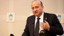 Seçmenler, müdürün odasına giren AKP'li Yalçın Akdoğan'ı yuhaladı