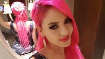 Instagram fenomeni makeup_pinkgirl Ayşe'nin ilginç videosu