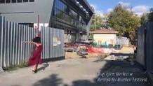 Öğrencilerden İTÜ'deki bitmeyen inşaatlara danslı tepki