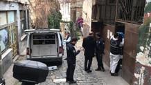 Karaköy genelevinde tuhaf ölüm! Başını duvara vurup..