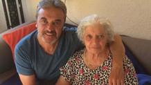 Oyuncu Mesut Akusta'nın annesi hayatını kaybetti